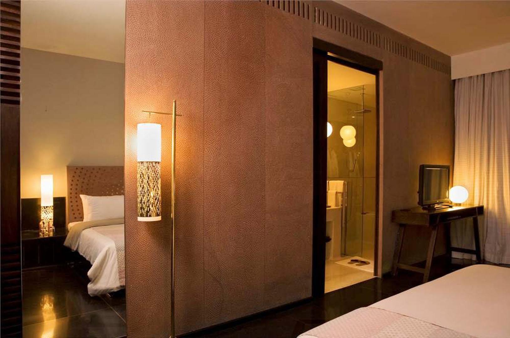 Luxury_Room_-_image